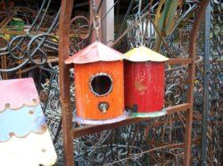 BRD-002 SM HANGING ROUND BIRD HOUSE