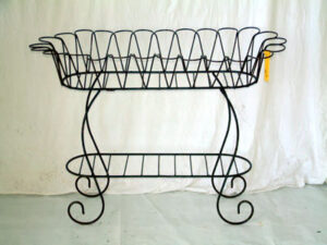 PLS-064 LG OVAL TULIP PLANT STAND