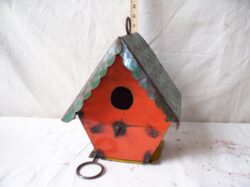 BRD-040 HANGING COLORFUL BIRDHOUSE