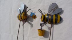 STK-630 TIN BUMBLE BEE ON A STICK